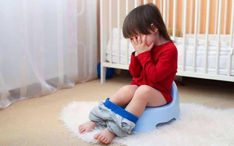 Hỗ trợ điều trị tiêu chảy ở trẻ em, say nắng.