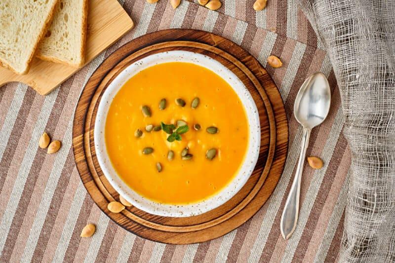 Bệnh nhân cần ăn thức ăn mềm, hạn chế chất xơ