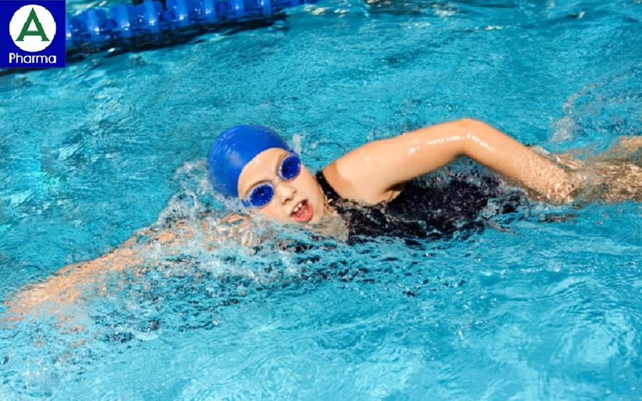 Bơi là môn thể thao rất dễ tiêu thụ calo