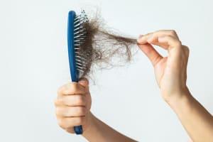 Cách chữa trị rụng tóc
