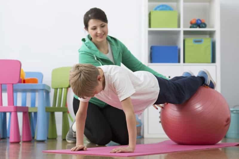 kiên trì tập luyện thể dục và yoga đều đặn