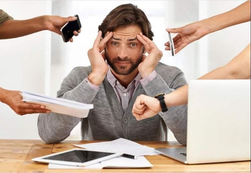 Nam giới bị stress về công việc là nguyên nhân gây xuất tinh sớm