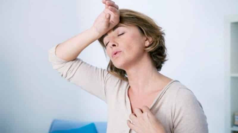 Rối loạn tiền mãn kinh là do lượng hormone estrogen trong cơ thể bị sụt giảm