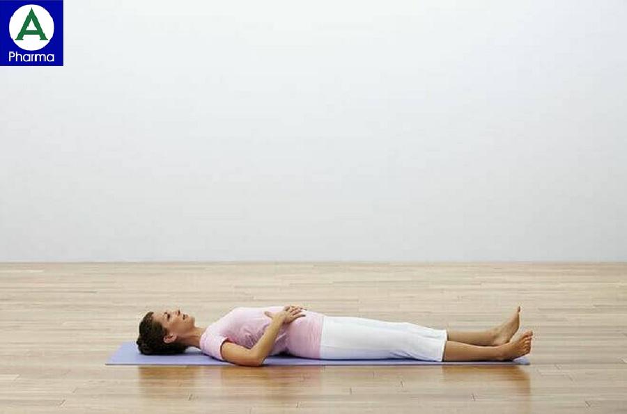 Động tác tập hít thở nằm