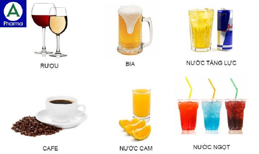 C cùng các đồ uống vì có thể gây giảm tác dụng